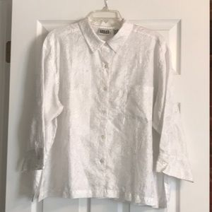 Chico's white Blouse with Embroidery Size 3